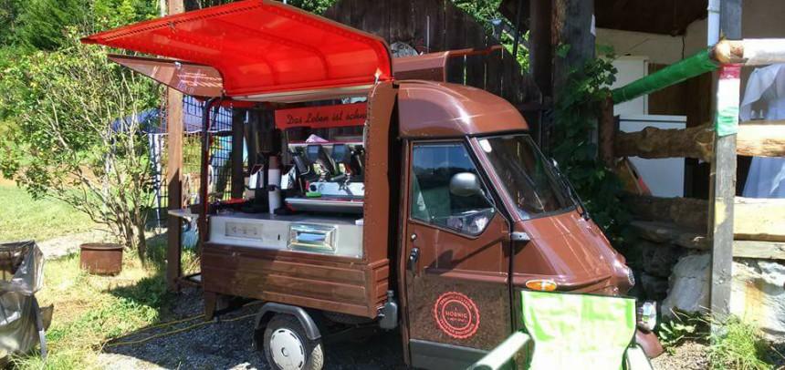 Hornig Kaffee Ape – Verkaufsstand bei der Steira Vespa 2017